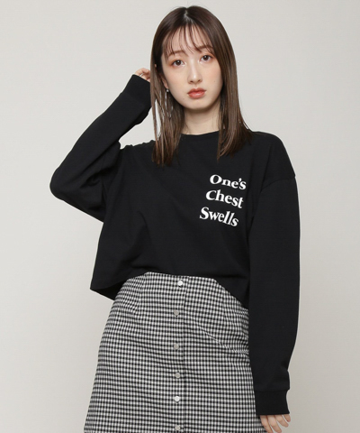 one's chest swellsプリントロングスリーブTシャツ