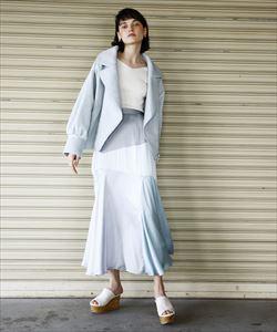 Jacket¥11,000+税Skirt ¥8,990+税